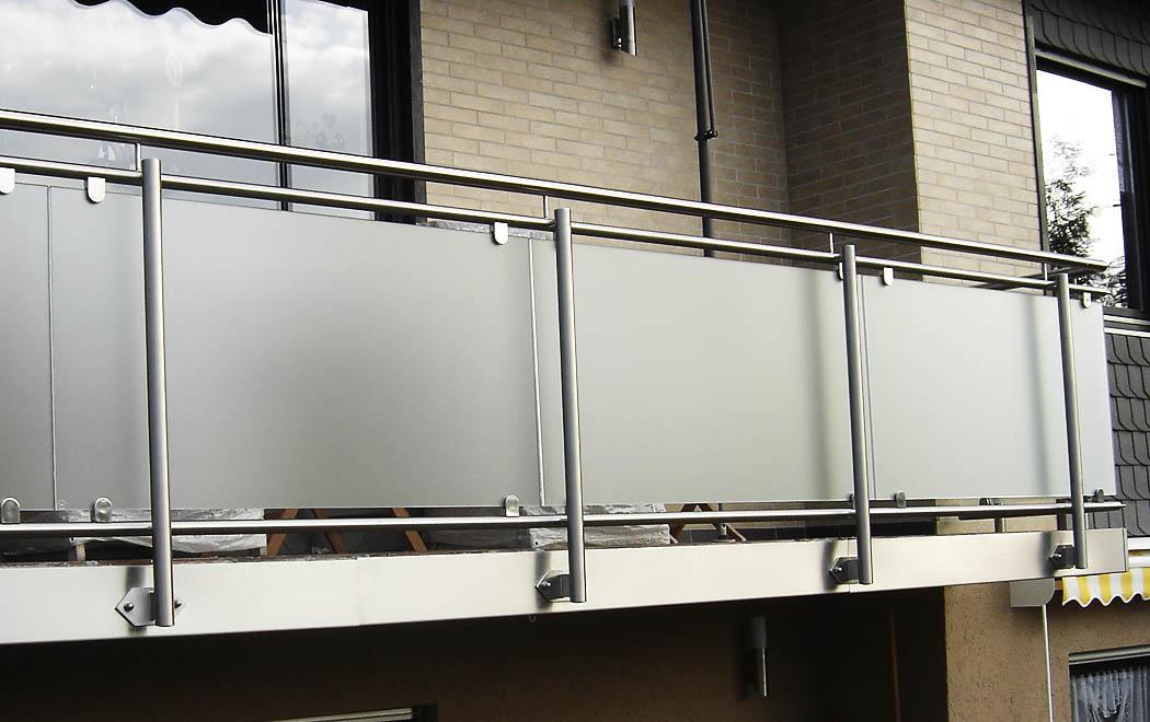 Balkon Glas Best Glas Eines Weiweins Im Balkon With Balkon Glas Nr